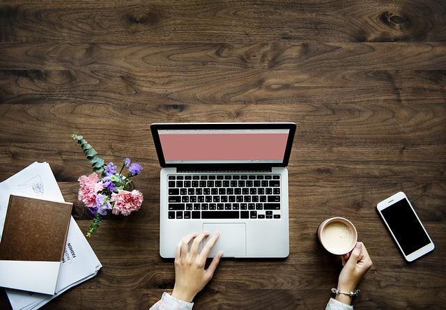בניית אתר תדמית – כיצד הוא יכול לשרת אותנו